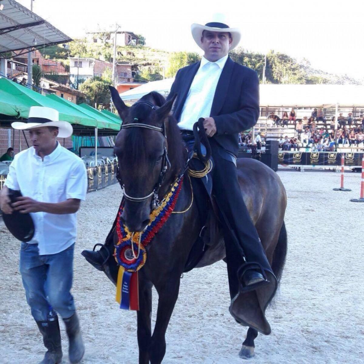 Victor Moña Rodriguez Uno De Los Conferencistas De Las Actividades Académicas
