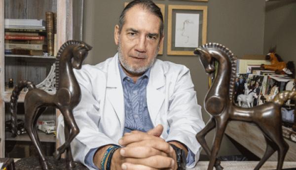 http://suscaballos.com/Un Libro De Historias A Caballo Cuenta Los Andares Del Médico Luis Felipe Gómez